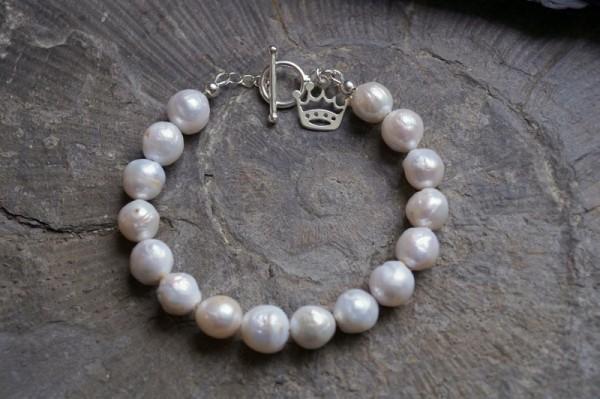 Perlenarmband Kasumi Perlen Krone 925 Silber