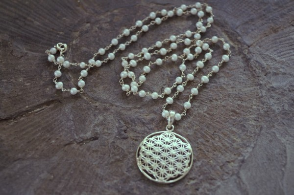 Perlenkette lang Blume des Lebens 925 Silber